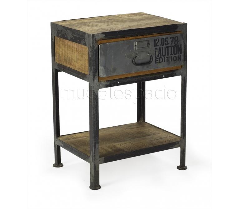 Mesa vintage mueblespacio for Mesitas de noche de diseno italiano
