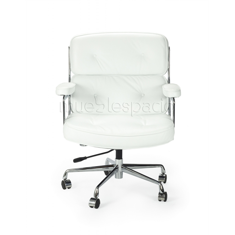 Lobby chair de eames mueblespacio for Silla oficina vintage